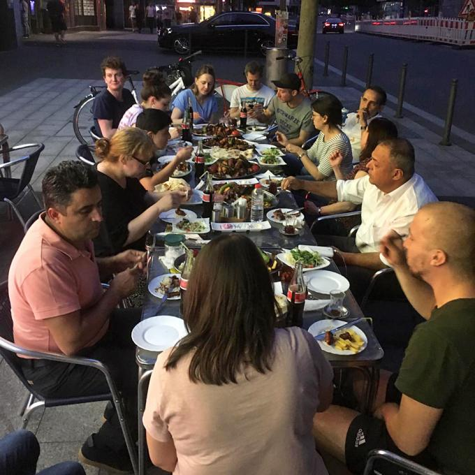 Abendessen nach der Podiumsdiskussion