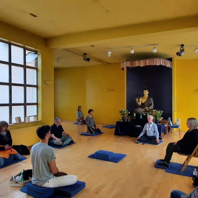 Feier zur ersten Lehrrede des Buddhas im Buddhistischen Zentrum Essen