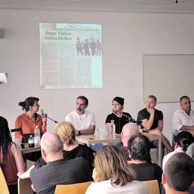 """""""Von Rassismus wurde nicht gesprochen."""" Podiumsdiskussion im Blue Square, Bochum 2019"""