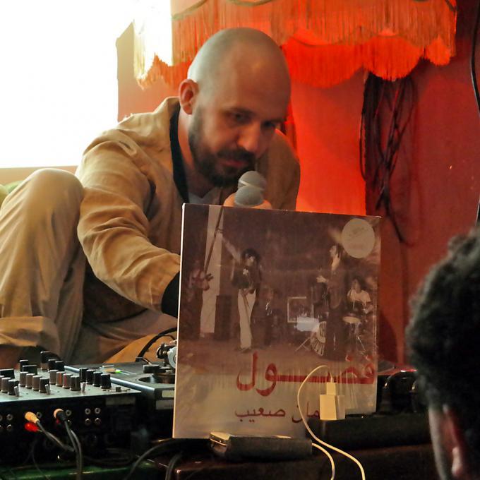 Jannis Stürtz bei OFF THE RECORD #1, Listening Session in der Goldkante, Bochum 2017. Foto: Guido Meincke