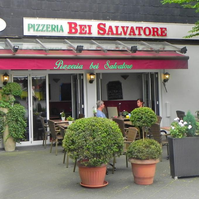 Pizzeria bei Salvatore, Hattingen. Foto: Wolfgang Kienast