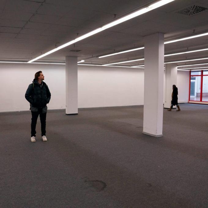"""Sebastian Quack und Anna Hentschel am """"Strand"""""""