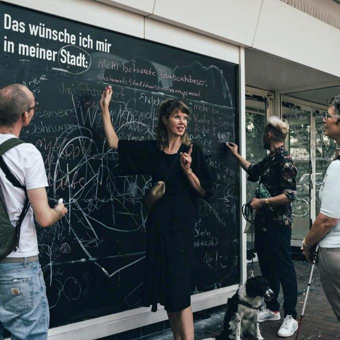 Online Panel: Neue Kooperationen – Projekte, Institutionen und Zwischennutzung. Foto: Robin Hinsch