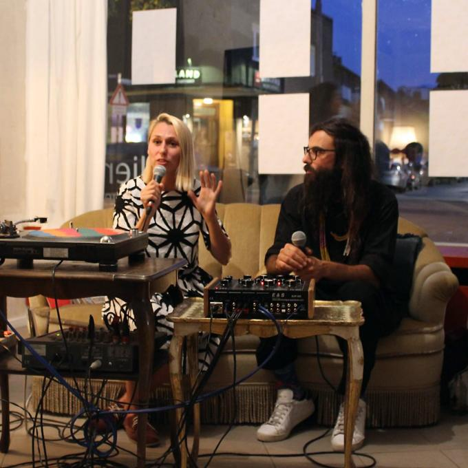 Kornelia Binicewicz und Guy Dermosessian bei OFF THE RECORD, Listening Session 2018. Foto: Romy Schmidt