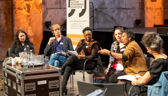 """Kulturkonferenz Ruhr 2018: Diskussionsrunde zum Thema """"Kunst und Wissen diversifizieren"""""""