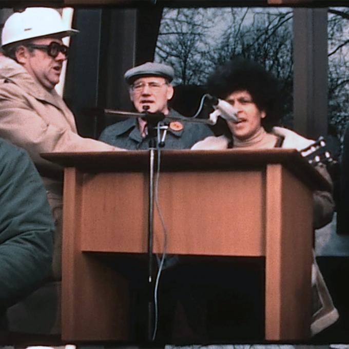 """Fasia Jansen, """"35-Stunden-Woche ist das Ziel, Teil II"""", Film von R. Schenkmann-Raguse. Foto: Archiv für Familien- und Amateurfilm des Ruhrgebiets / Interkultur Ruhr"""