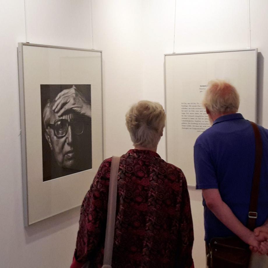 """Sonderausstellung """"Jüdische Porträts"""" im Jüdischen Museum Westfalen"""