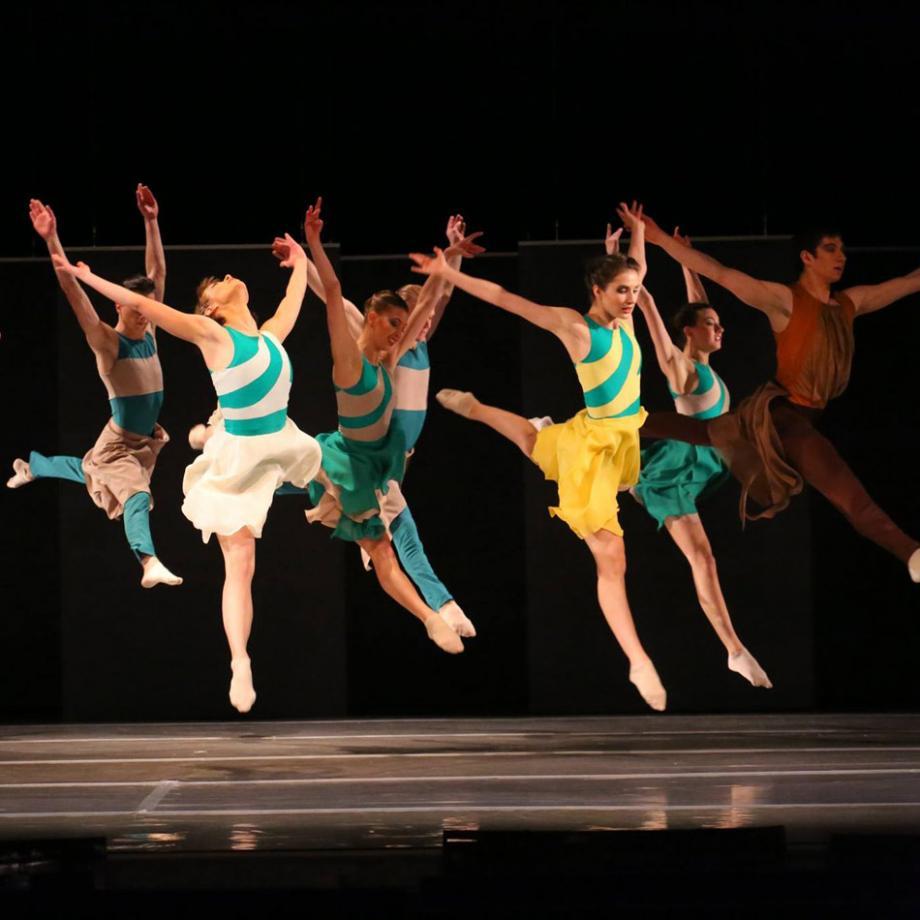"""Tänzer*innen des Moskauer """"Neuen Balletts"""" begeistern die Zuschauer in der Folkwang Universität der Künste"""