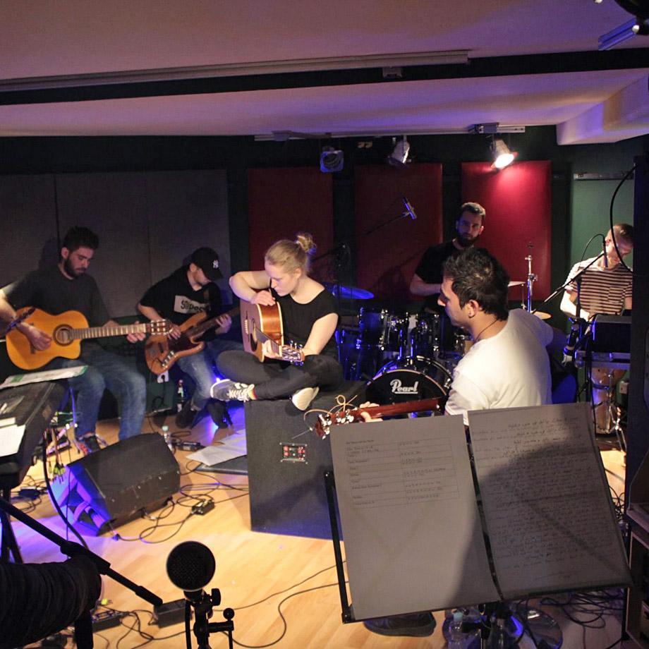 Cross-over-Werkstatt mit Grûpa Pêl und dem Jungen Ensemble Ruhr