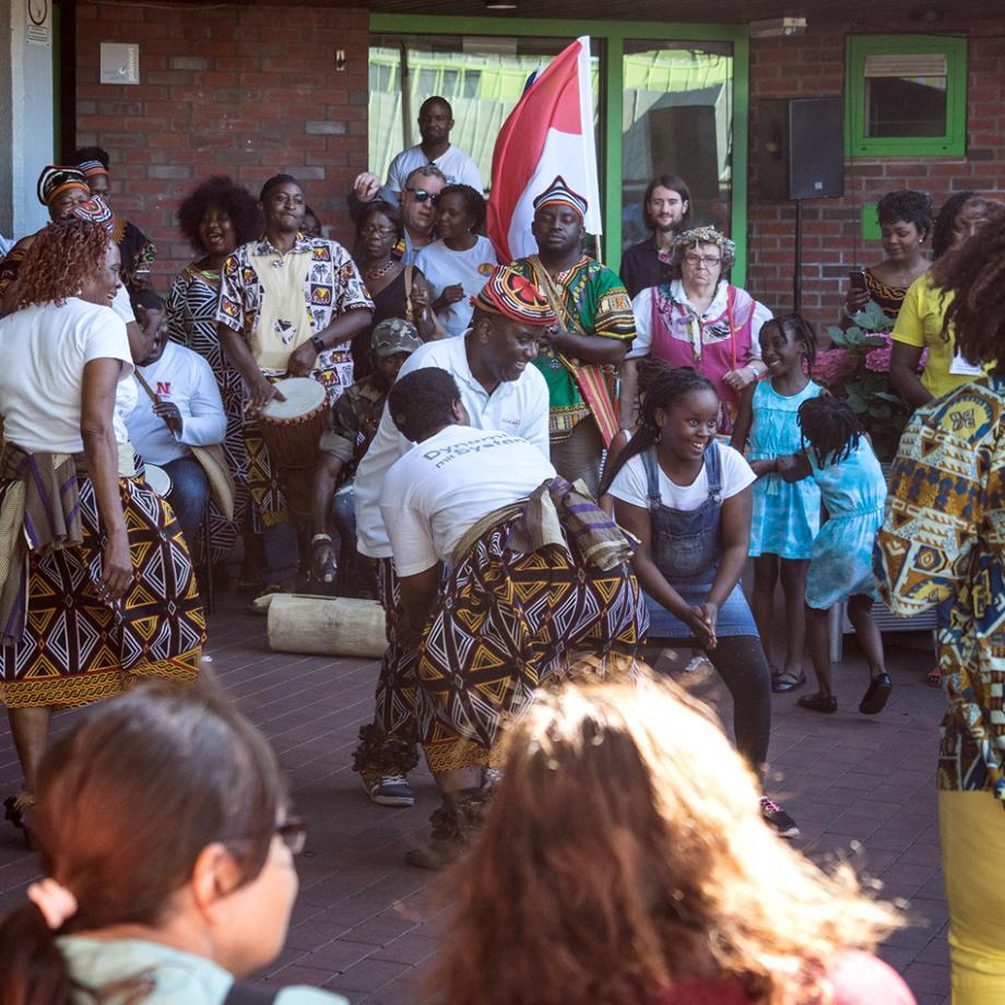 Mecuda Tanzgruppe