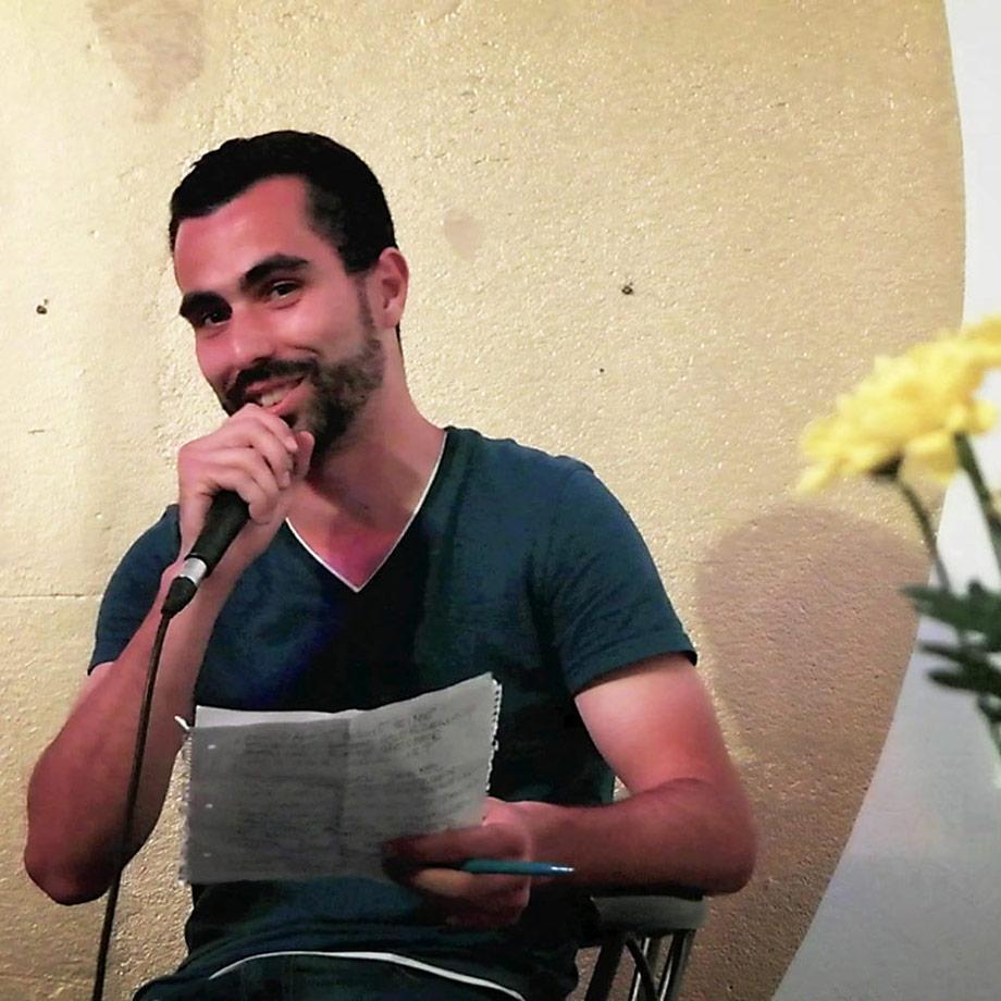 Poetry Slam auf Arabisch auf der Kleinen Bühne 103