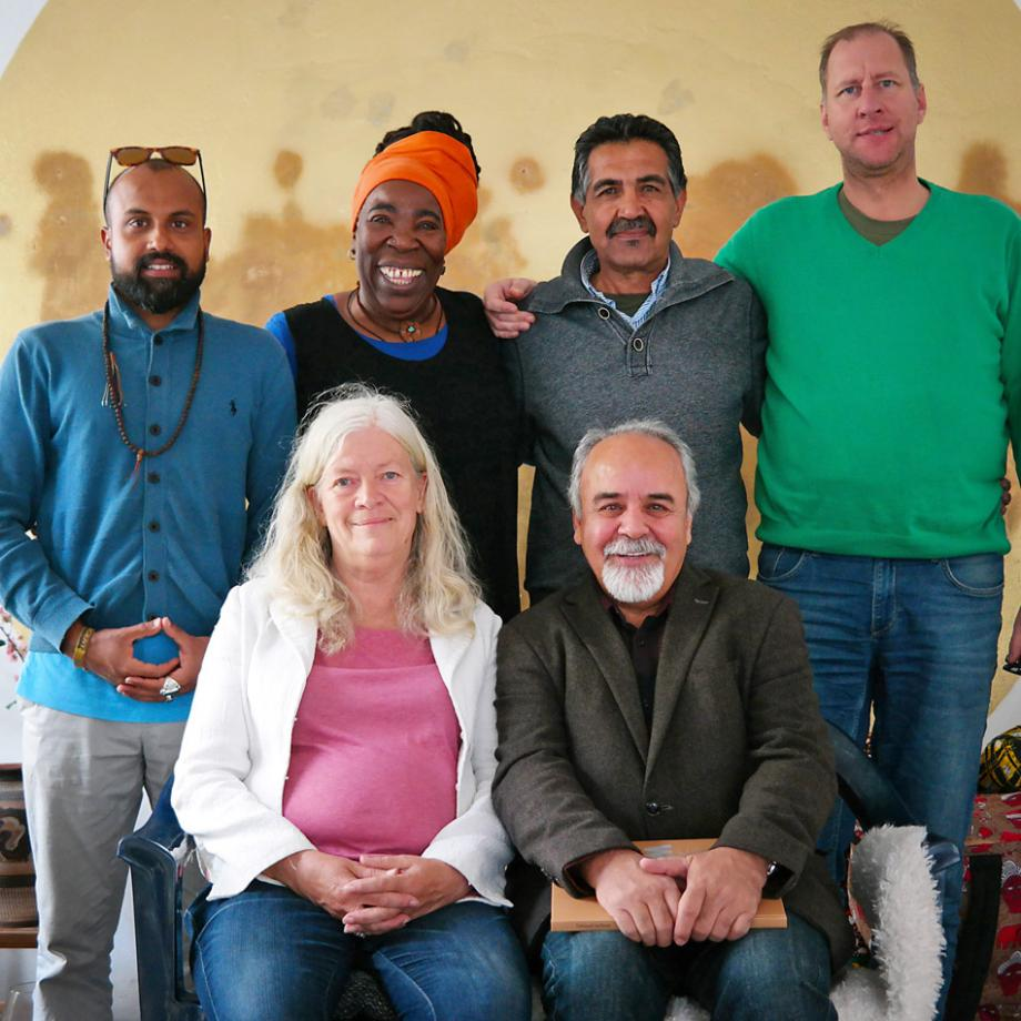 Davoud Sarfaraz & Team 103