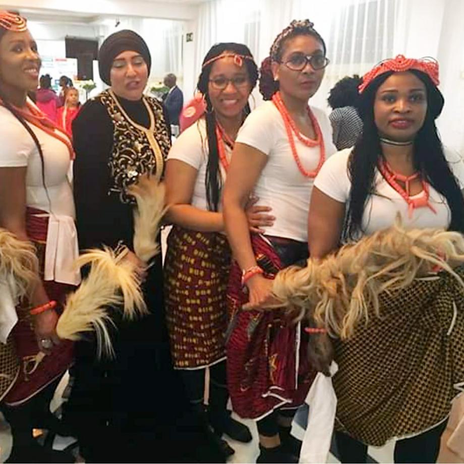Otu Obi Tanzgruppe Essen. Foto: African Ivory Essen