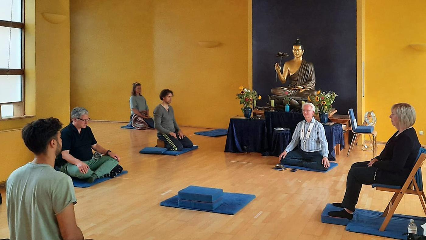 Feier zur ersten Lehrrede des Buddhas, Buddhistisches Zentrum Essen